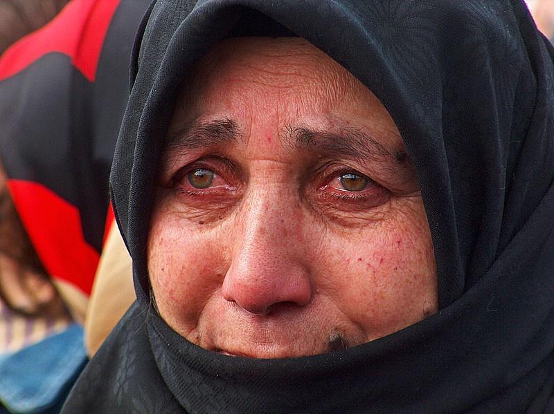 Ehl-i Sünnete Göre İmam Hüseyin'e Ağlamak